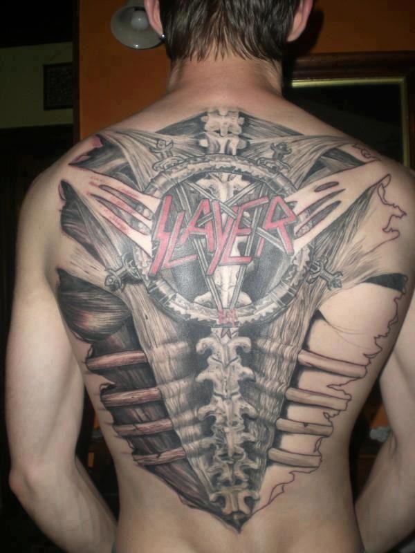 Classic Tattoo Berlin: Tattoo Looks Like An X-ray Image Of The Back