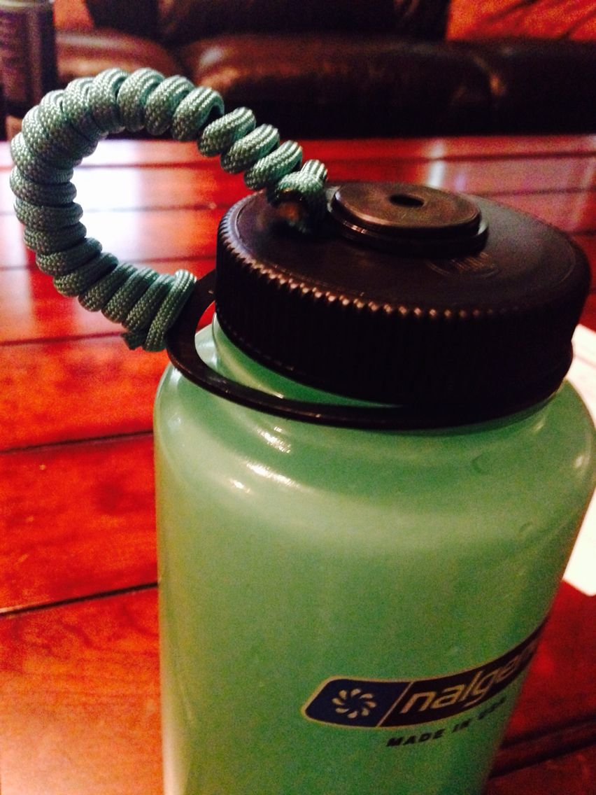 Easy diy on nalgene water bottles. Just wrap paracord around it ... 44cccd1035e99