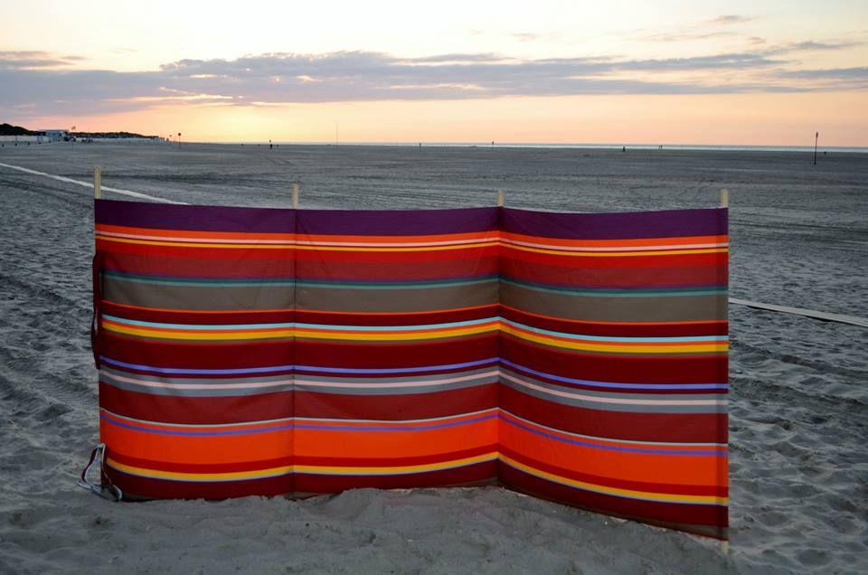 toiles du soleil sunbrella collioure rouge fabrics. Black Bedroom Furniture Sets. Home Design Ideas