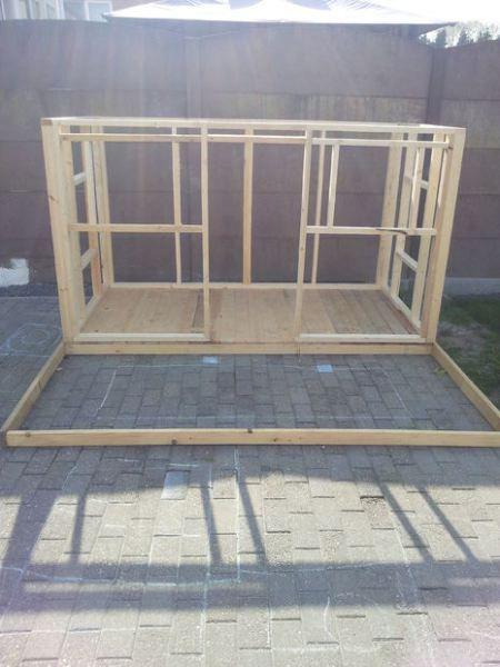 Como hacer una casita de madera con palets pallets pallet house and pallet projects - Como construir una casa de madera ...