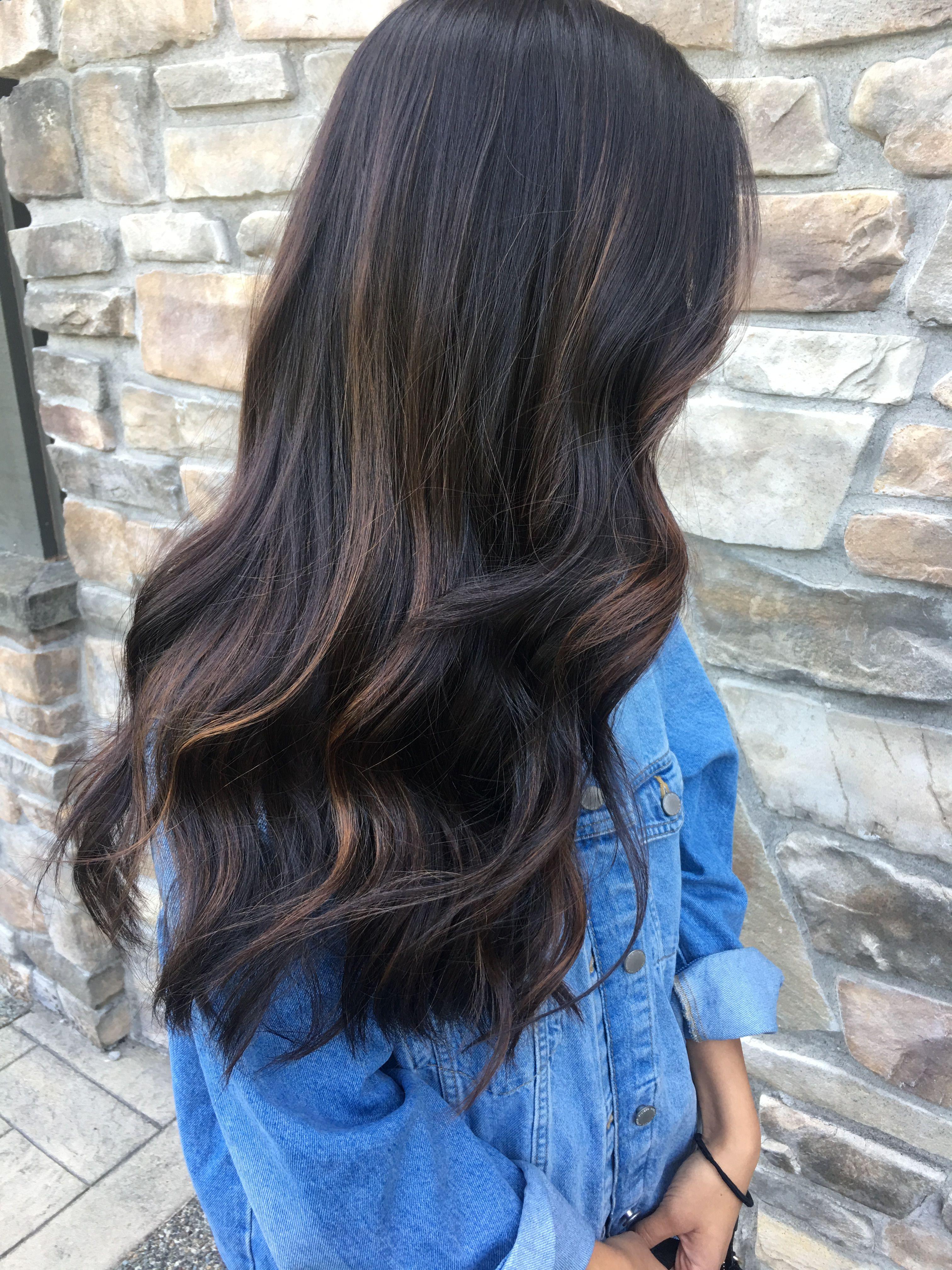 Subtle Dark Hair Caramel Balayage Hurr In 2019 Cabello