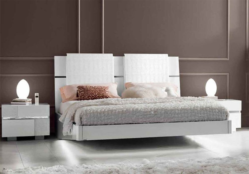 Made In Italy Leather Luxury Contemporary Furniture Set: Lacquered Made In Italy Wood Modern Platform Bed With