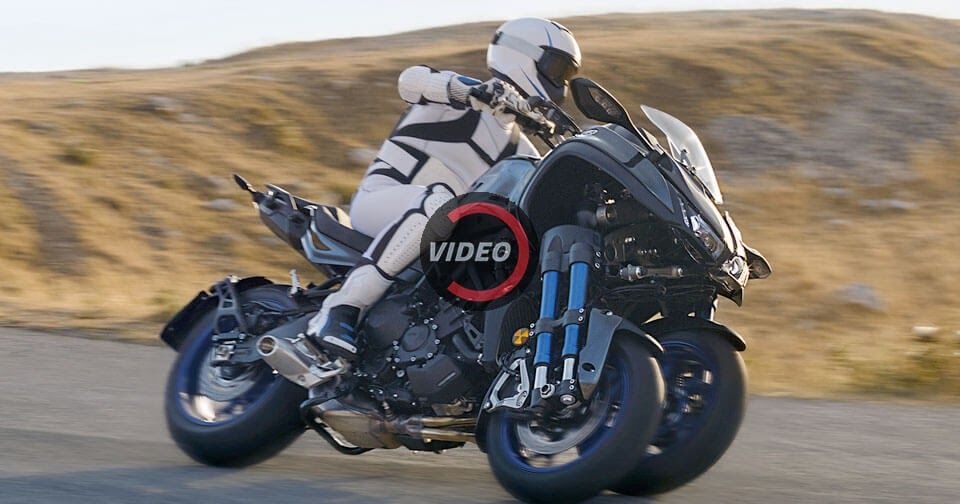 Yamaha Niken Adds Another Wheel Into The Sport Bike Mix #motorcycles  #Tokyo_Motor_Show