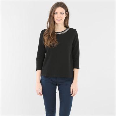 87ae7d3a17c98 Pimkie.fr   Chic et féminin, le t-shirt col bijoux habille un look ...