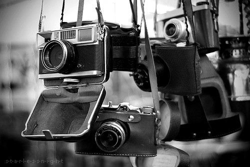 Black And White Old Camera Black And White Camera Cameras Old Inspiring Picture On Old Cameras Photography Camera Vintage Cameras