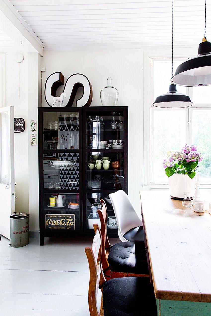 Le Vaisselier destiné zoom sur le vaisselier   elephant in the room   vaisselier