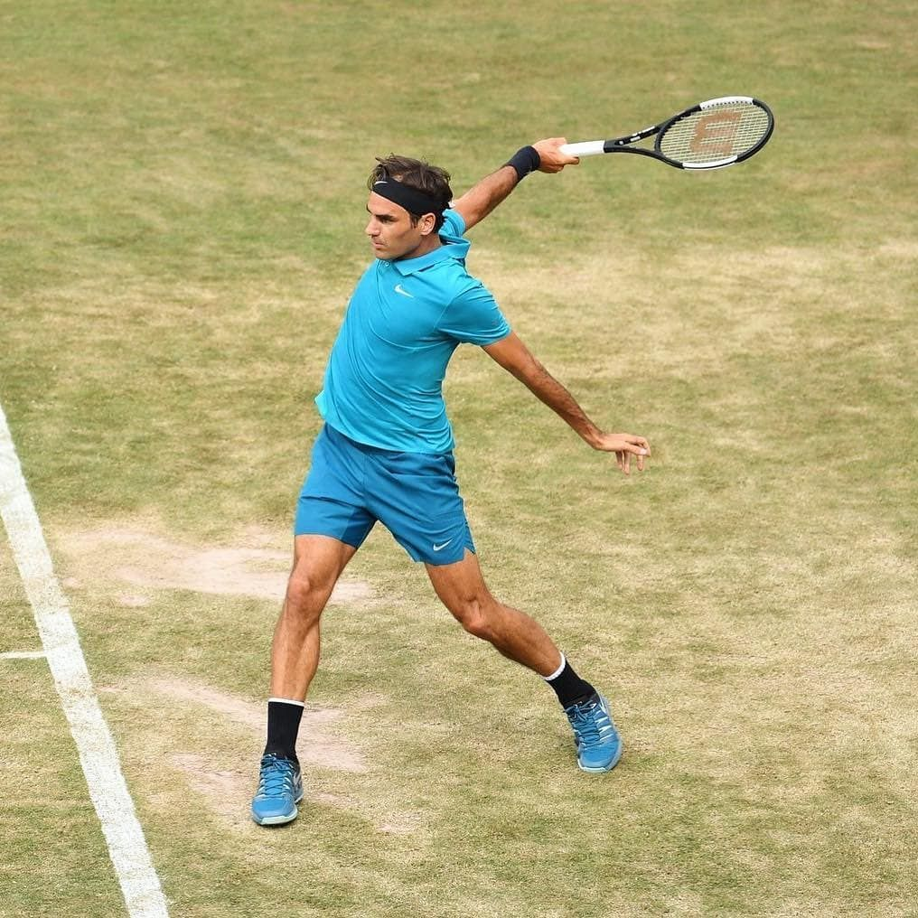 THE KING  ATP 500 Halle 2018  #rogerfederer #amazing #nike #tennis #love #life #sport #legend #champion #goat #motivation #stuttgart #workout #fitness #rf #genius #switzerland #heart #photo #mercedes #court #wilson #perfect #suisse #swiss #federer #player #play #king #germany