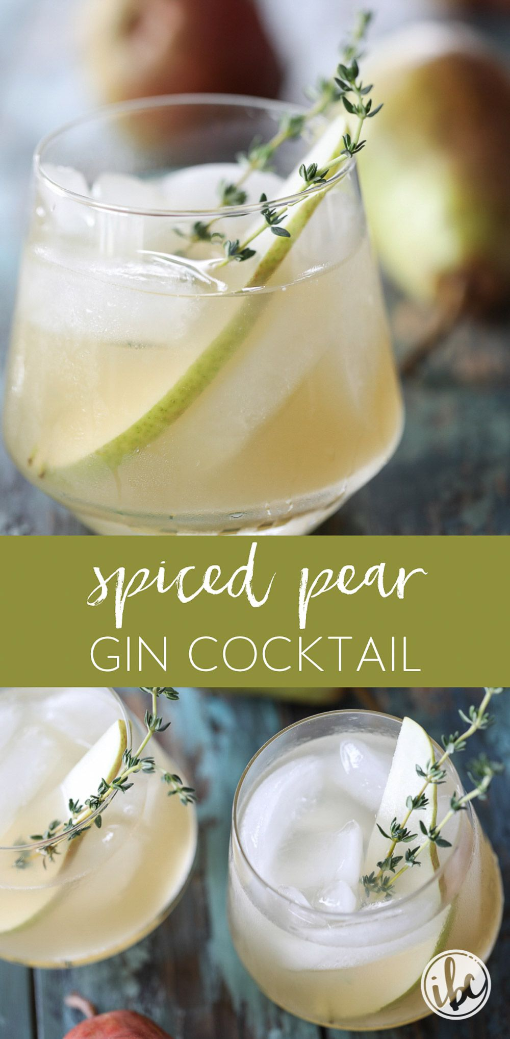 Spiced Pear Gin Cocktail is the perfect signature cocktail for Thanksgiving or any fall celebration. #pear #gin #cocktail #fall  #thanksgiving #recipe  via @inspiredbycharm #thanksgivingdrinksalcohol