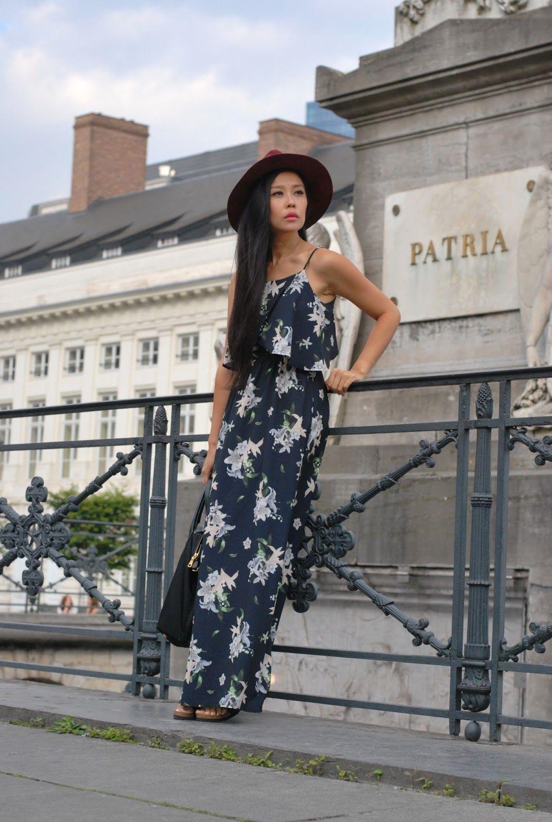 Asian Fashion Blogger Jenny Wu La Style