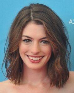 Medium Length Hair No Bangs La Bella Atractiva Cautivadora Y Genial Anne Short Wavy Hair Long Bob Hairstyles For Thick Hair Hair Styles