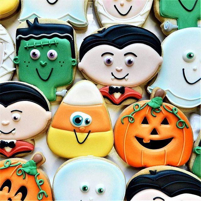Monster Mash! Halloween Pinterest Monster mash and Bakeries - halloween pumpkin cookies decorating