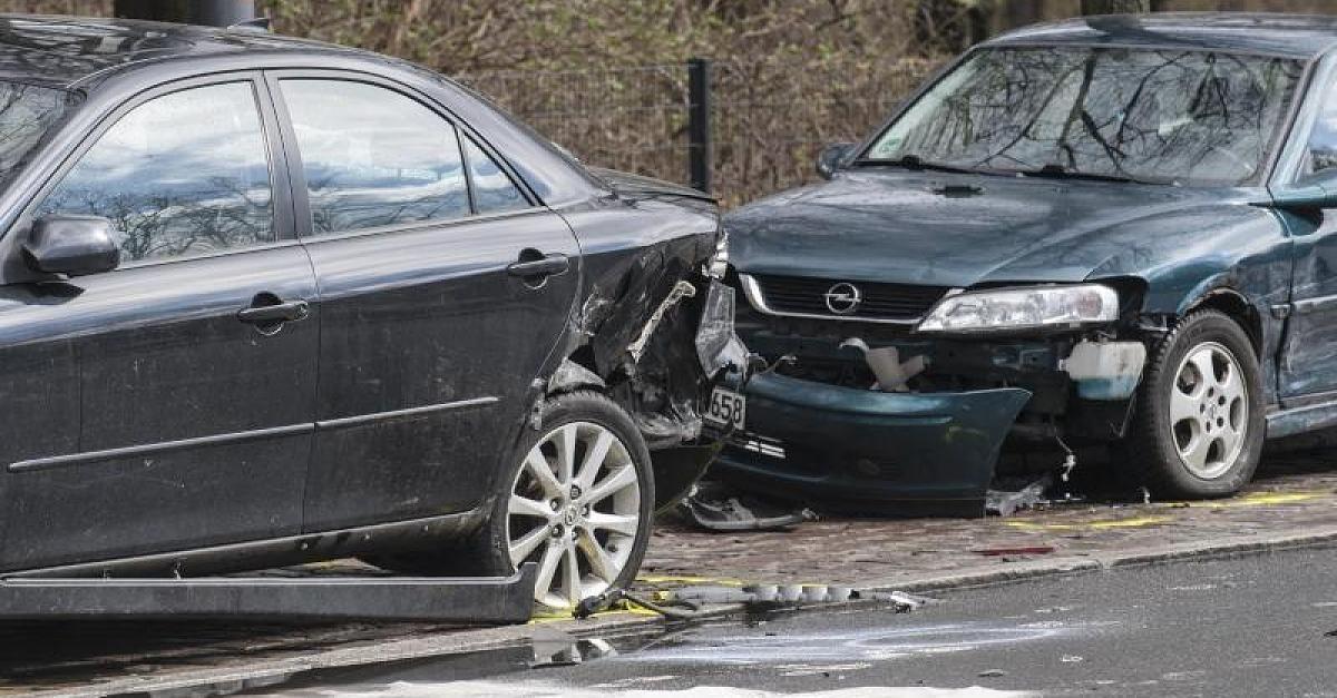Neue Nachricht: Autounfall - was tun? - So verhalten Sie sich nach einem Verkehrsunfall richtig - http://ift.tt/2lfpA43 #news