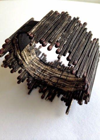 Tändsticksarmband av Linda Herrlin/Form & Känsla.