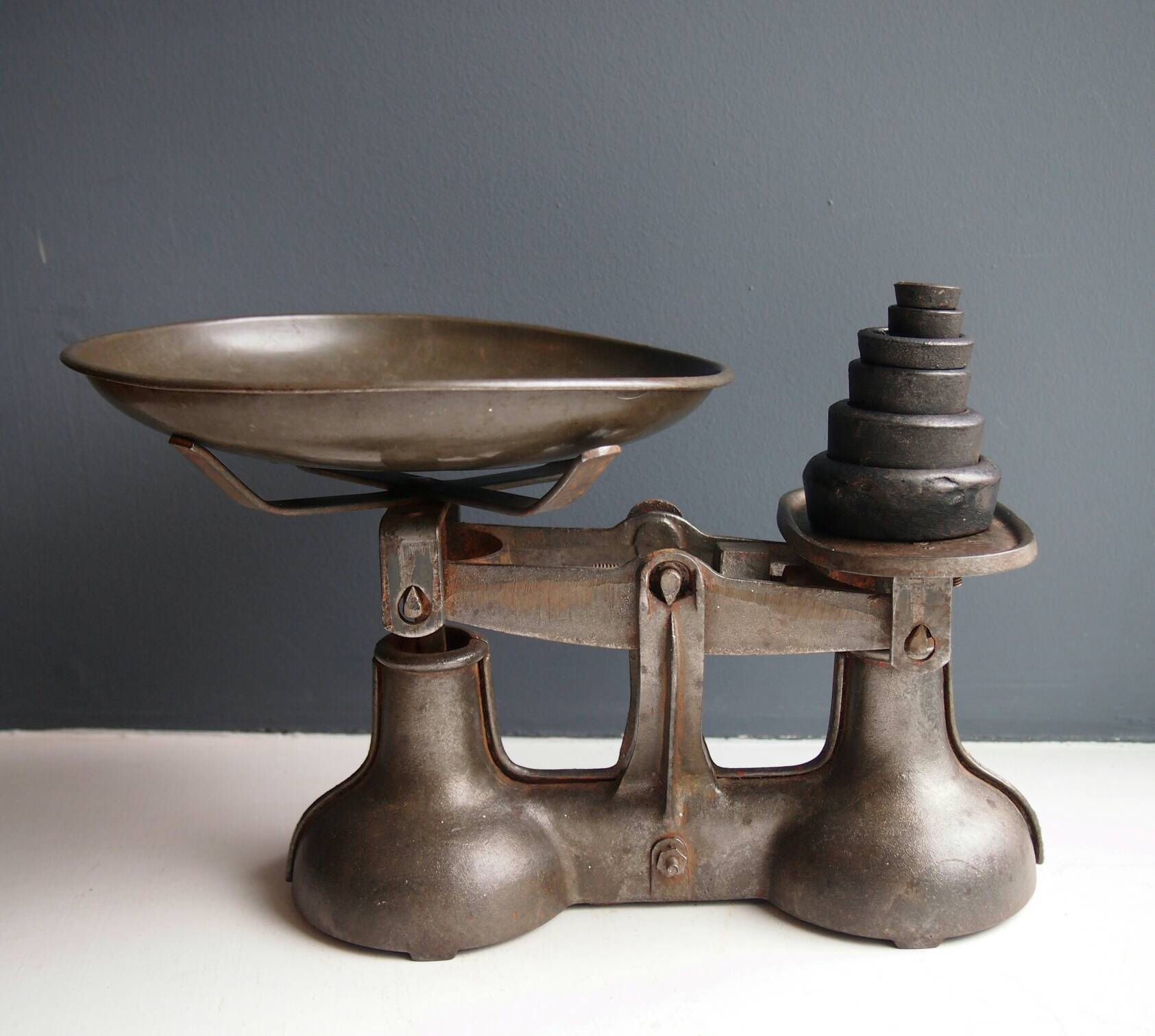 Vintage Cast Iron Kitchen Scales Weighing Scale And Imperial Weights Vintage Balance Kitchenalia Bakeware Cwb 7oz Antique Scales
