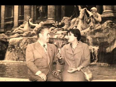 Jussi Björling & Victoria De Los Angeles sings duet from Puccini's opera Madama Butterfly.  Beautiful!