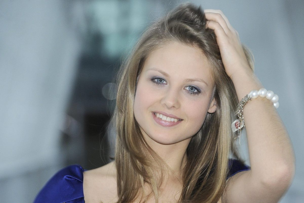 Image Result For Anna Karczmarczyk
