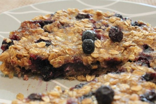Microwave blueberry banana oat cakes