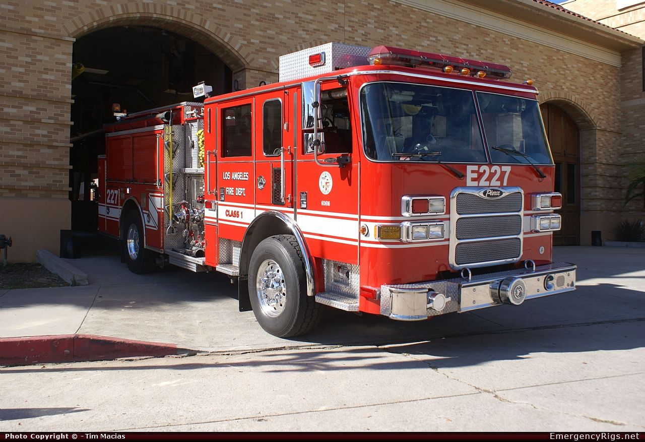 Pierce Arrow Xt Pumper Los Angeles Fire Department Emergency Apparatus Fire Truck Photo Fire Trucks Los Angeles Fire Department Fire