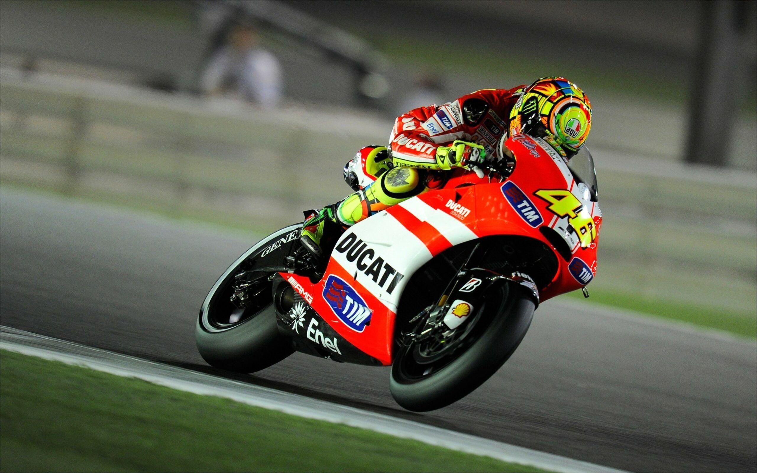 4k Moto Gp Wallpaper In 2020 Valentino Rossi Ducati Motogp