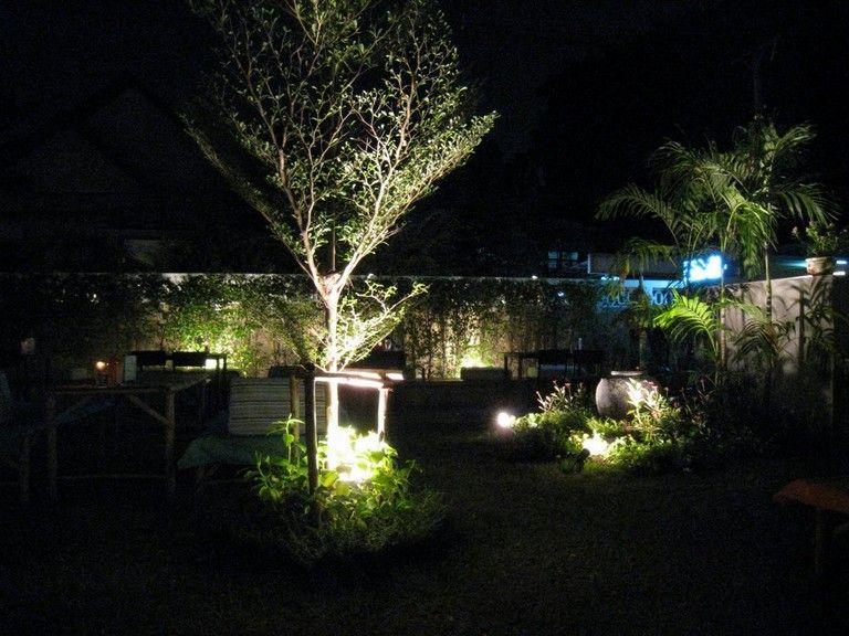20 Wonderful Outdoor Lighting Ideas For A Shabby Beautiful Garden Backyard Lighting Garden Lighting Design Outdoor Landscape Lighting