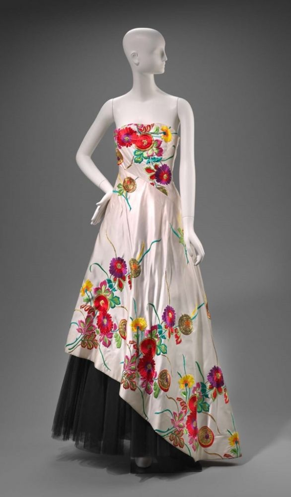 Fall 1988 America Womans Evening Dress By Arnold Scaasi