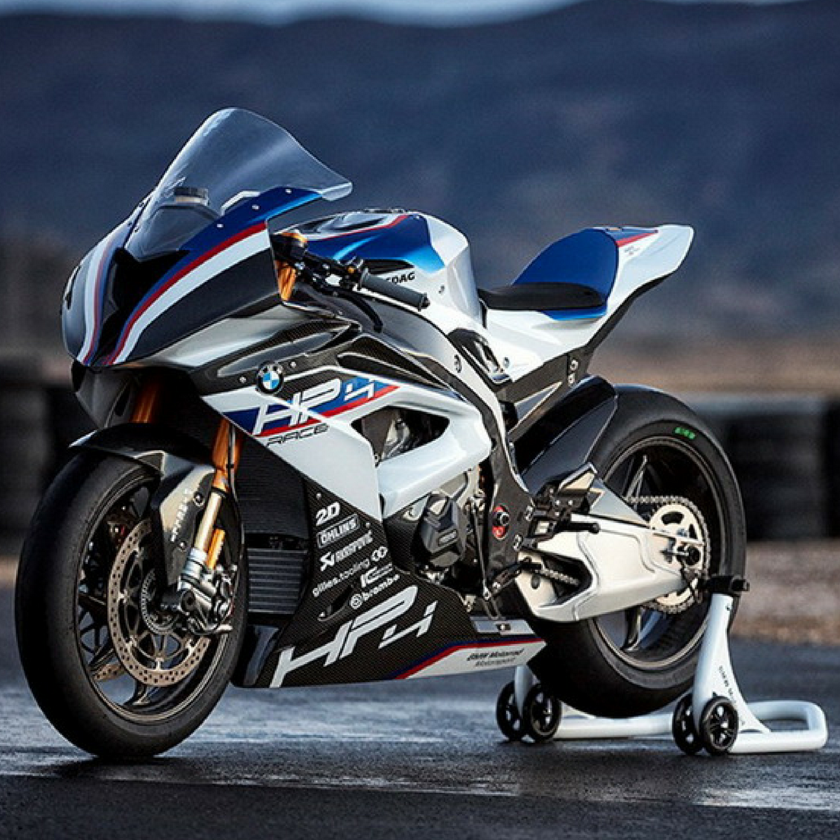 Bmw Hp4 Race Limited Edition Superbike Launched At Inr 85 Lakhs In
