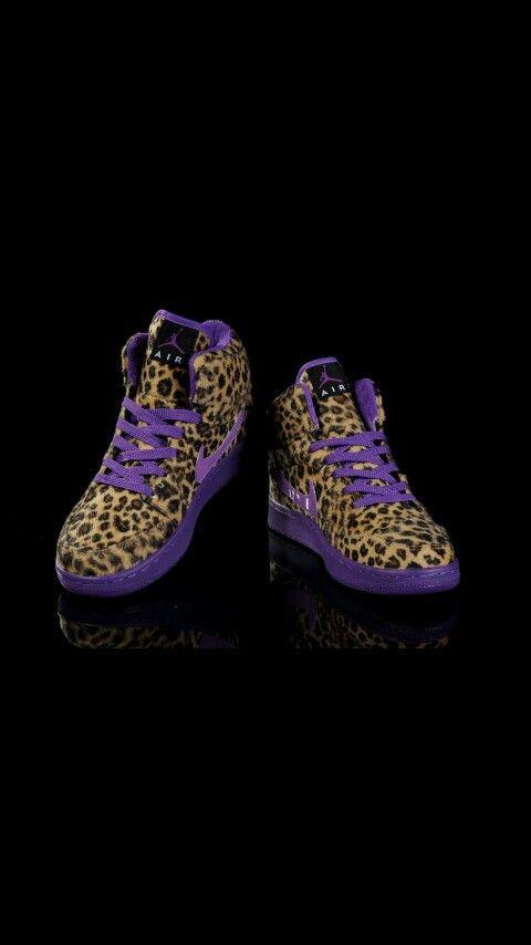 I love how that purple looks with the cheetah print