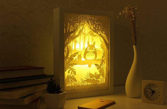Silhouette Mon Voisin Totoro Papier Coupe Boite A Par Trysogodar Totoro Light Box Paper Light