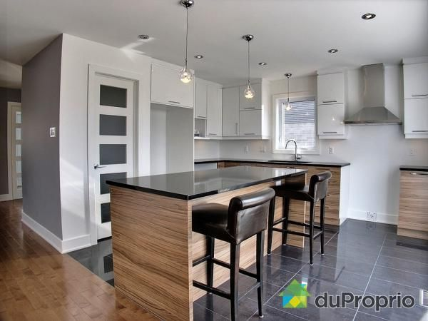 W3875 - Plan de maison moderne à étage avec garage, 3 chambres, 25