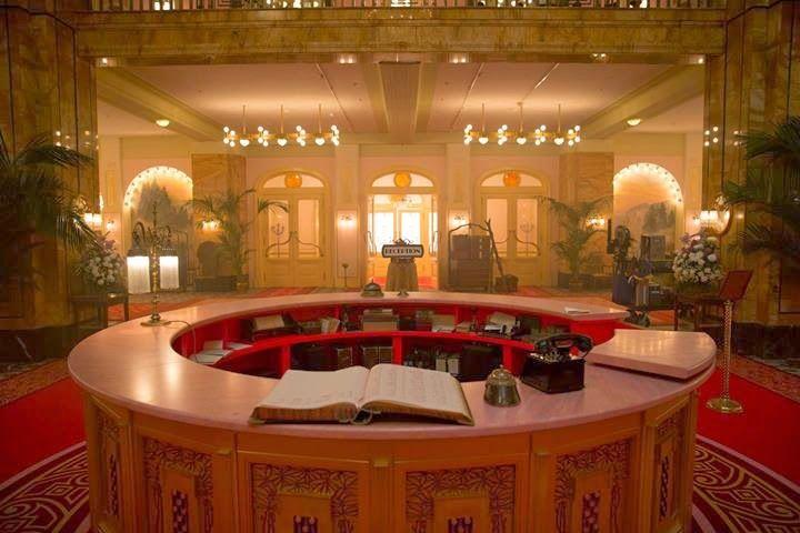 Grand budapest hotel set design wes anderson in 2019 for Design hotel gorlitz