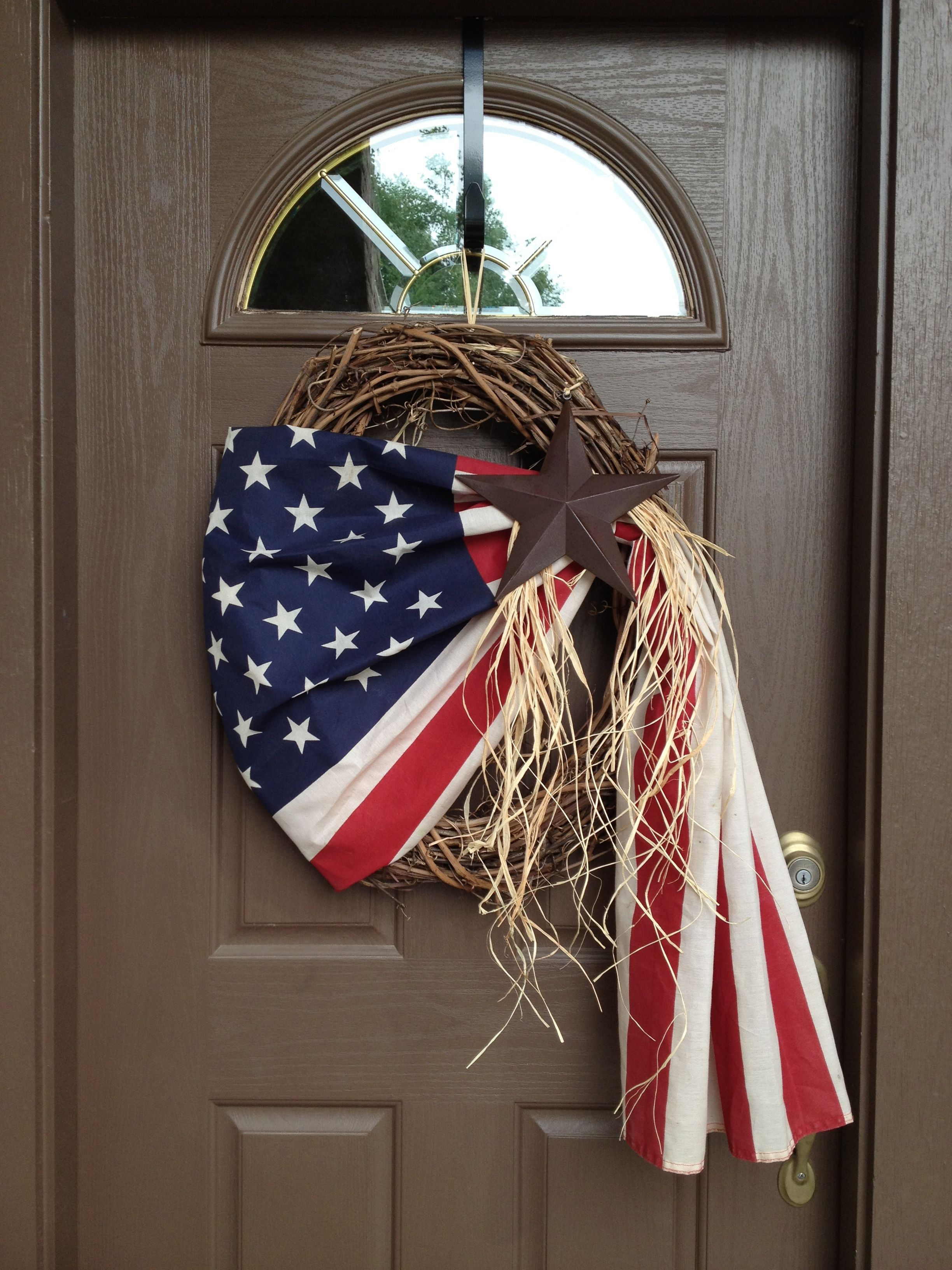 Grape vine for crafts - An Old American Flag Grapevine Wreath Raffeta And A Star Memorial Day
