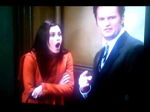 (☆^O^☆) Hahahahahahaha... Drunk Birthday. #Friends #TV #Drunk #Funny