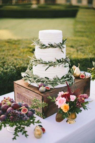 wedding cakes nice france lavender and south of wedding planners 25101