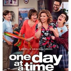 One day at a time season 1 rotten tomatoes espaol tv serie one day at a time season 1 rotten tomatoes ccuart Choice Image