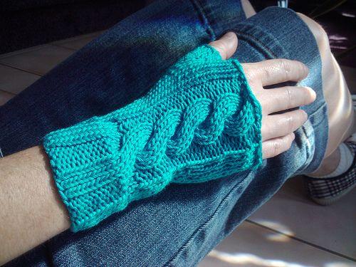 Fingerless Mitts Free Knitting Pattern Knitting Pinterest
