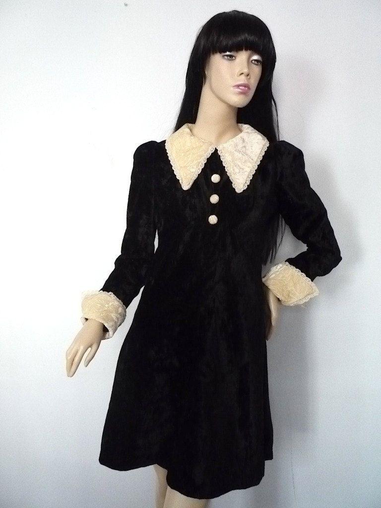Velvet Gothic 1960s Babydoll Reproduction Dress Vintage Clothes Women Fashion 60s Fashion Vintage [ 1024 x 768 Pixel ]