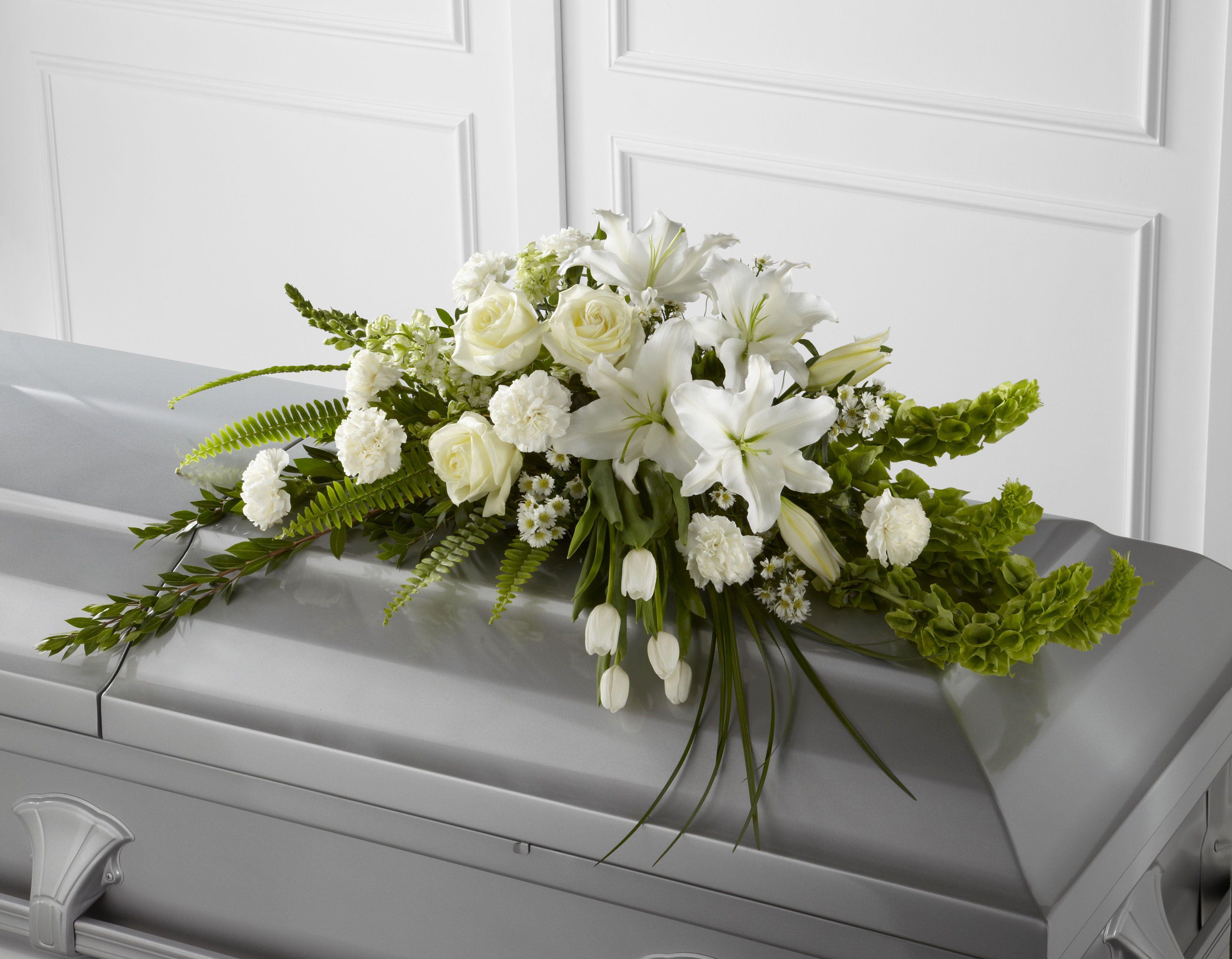 Casket sprays for men s8 4451g funeralsympathy arrangements casket sprays for men s8 4451g casket flowersfuneral izmirmasajfo Image collections
