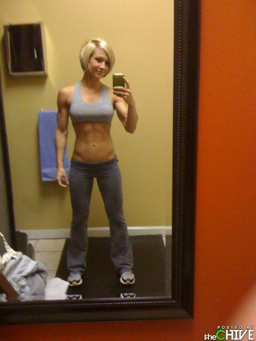 hot-chicks-in-yoga-pants-30 : theCHIVE | Short hair | Pinterest ...