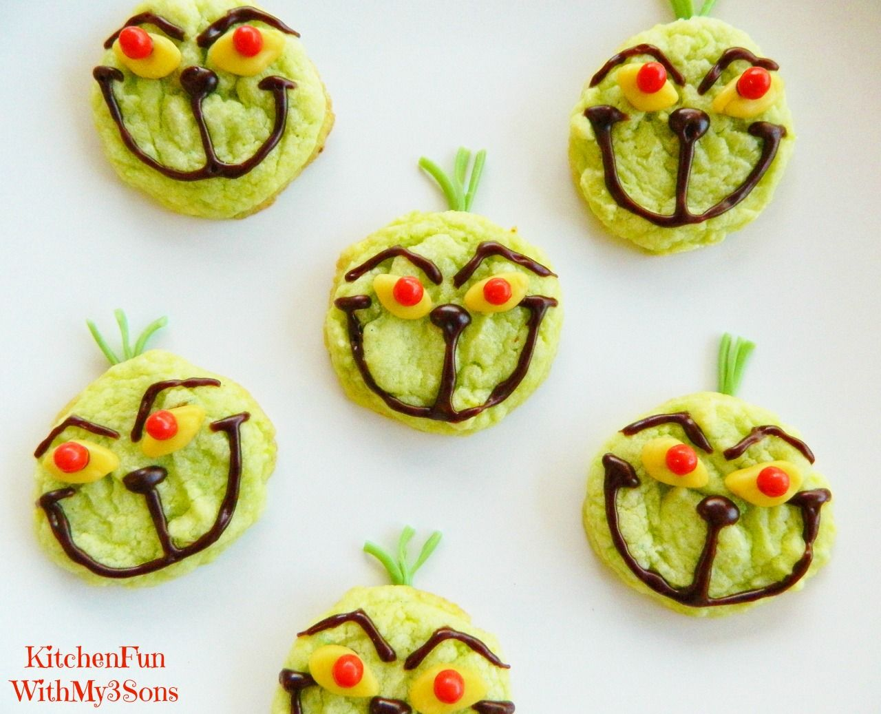 The Grinch Easy Christmas Cookies using pre-made ingredients ...