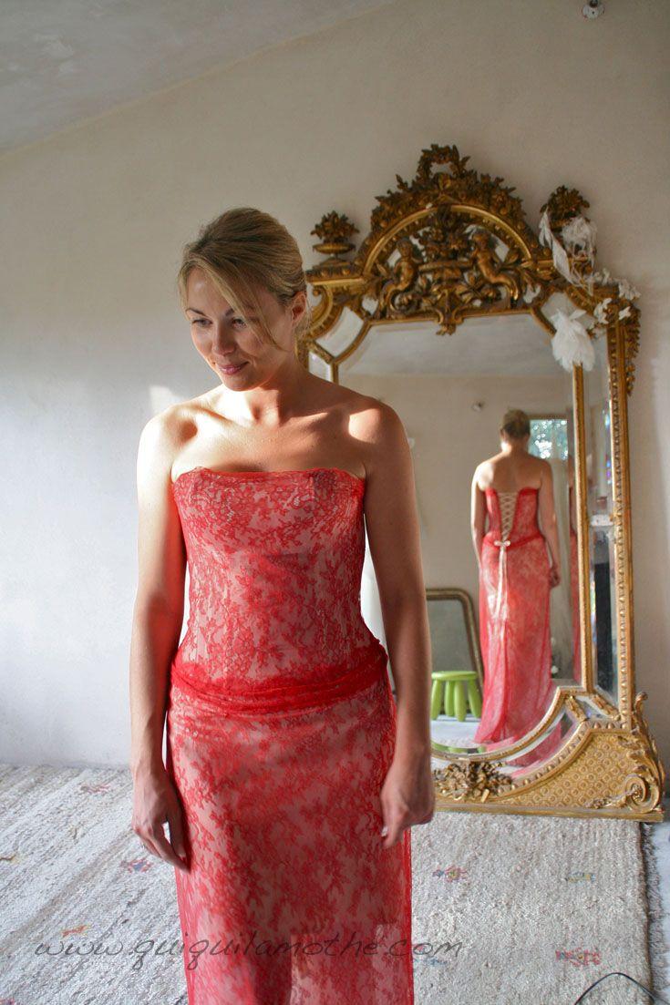 Robe de mariée en dentelle de Calais colorée glamour