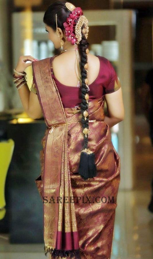 Tamil Actress Swathishta Krishnan Back View In Bridal Saree Photo