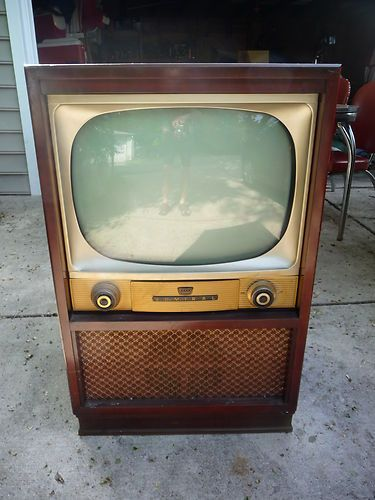 VINTAGE ANTIQUE ADMIRAL TV MODEL 20A2 C2336A CASCODE CONSOLE TELEVISION CABINET Vintage Television