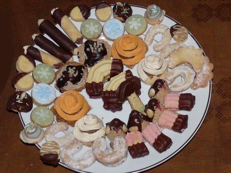 Malý receptář vánočního cukroví Staré recepty i šípkové cukroví