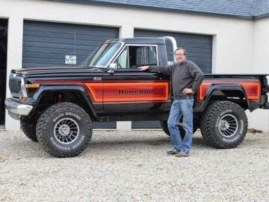 Jeep J10 Sportside The Perfect Complement To My Wagoneer Maybe Some Day Jeep Truck Willys Jeep Jeep