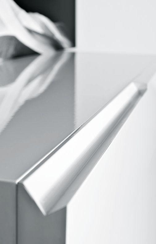 | DETAILS | Pianca | Segno casegoods (detail) - seamless integrated door detail