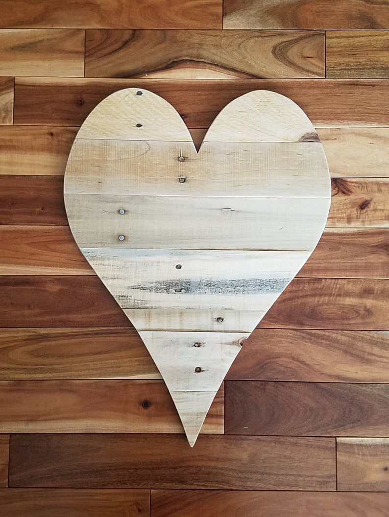 20 Wood Heart Large Wooden Heart Large Wood Heart Pallet Wood Heart Pallet Wall Art Wedding Guest Book Gift For Him Gift For Her Bff Gift In 2020 Pallet Wall Art