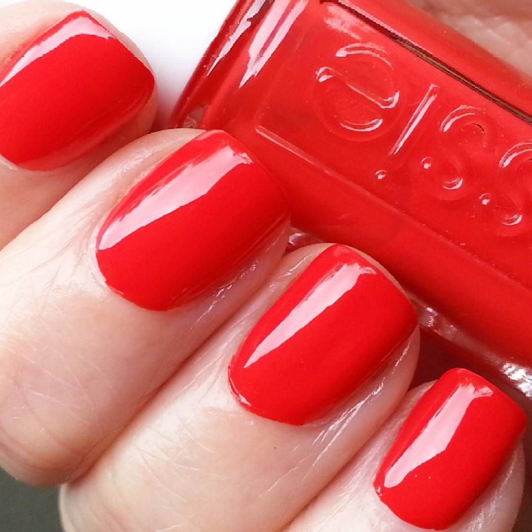 """""""Essie - Fifth Avenue. A classic glossy red manicure for the 1940's themed party I'm attending/hosting tonight. #NOTD #nailpolish #Essie #rednails…"""""""
