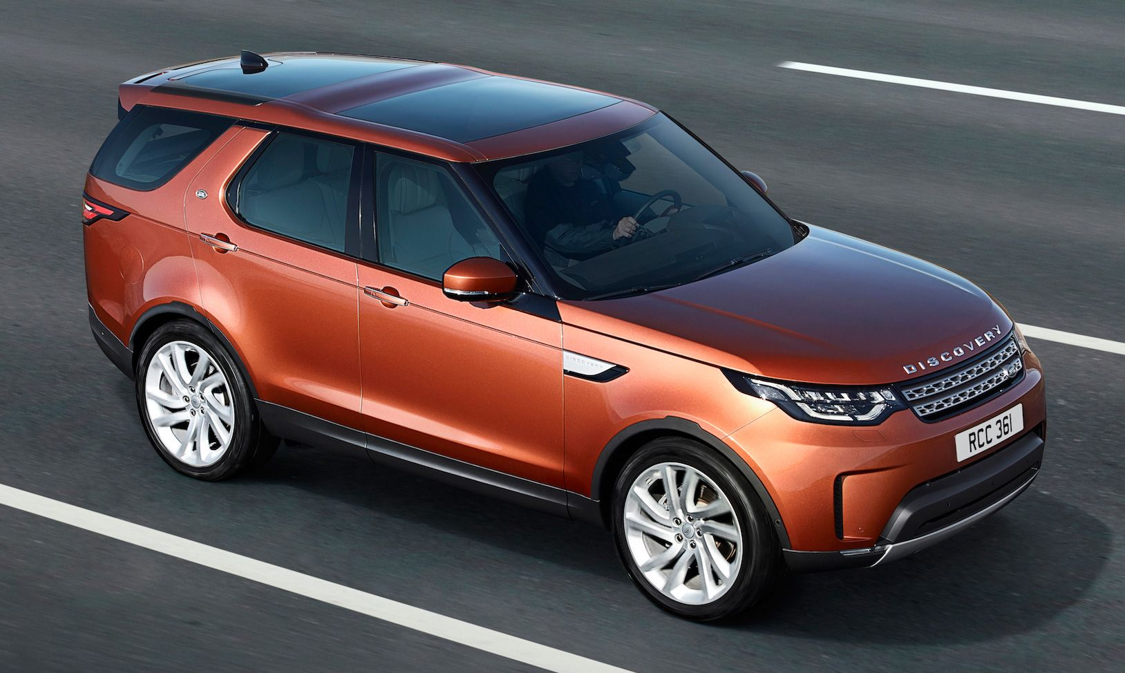 New Land Rover Discovery full 7seater, 480 kg lighter