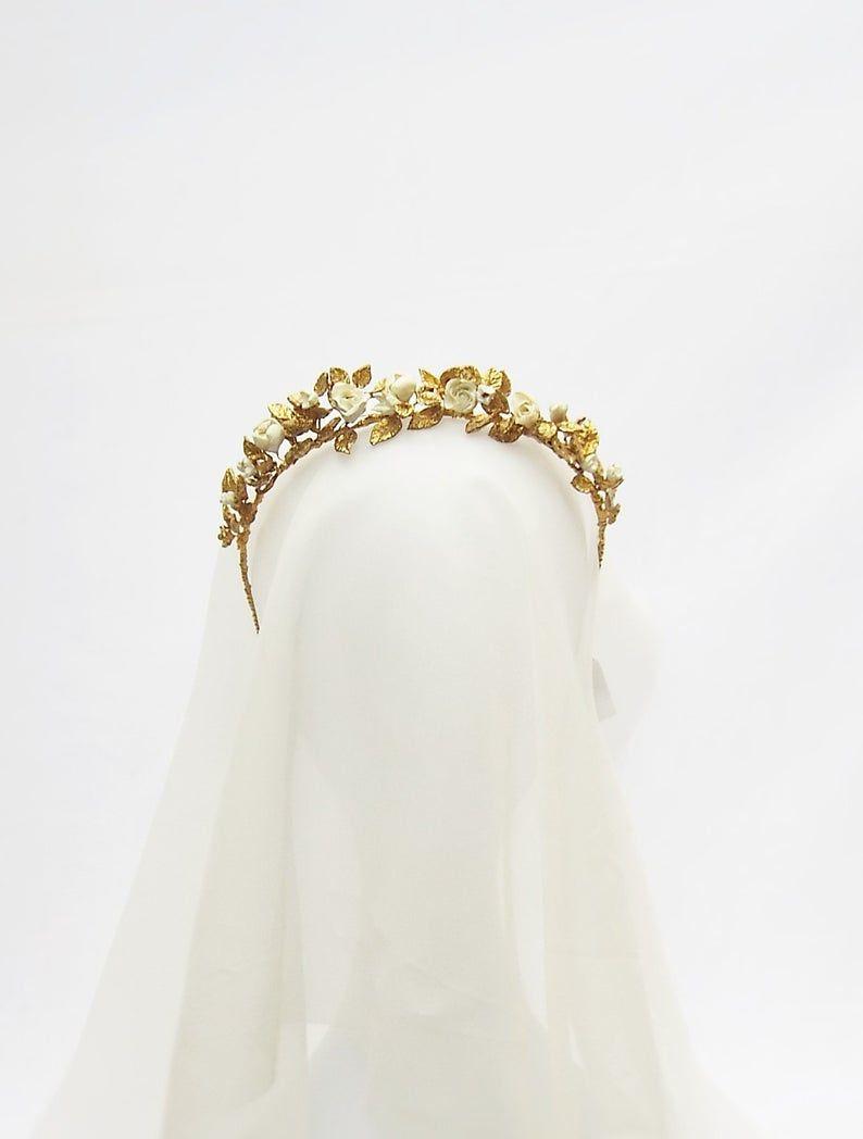 Gold bridal tiara, Gold bridal flower crown, Vintage inspired tiara, Golden leaf crown, Gold Flower tiara, Bridal headband, #109