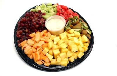 How to Plan a Fruit Tray for 100 People